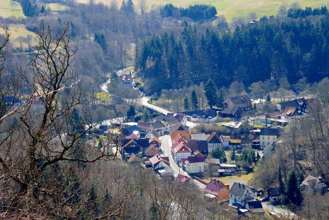 Böser Kleef Harzer Wandernadel 64 Blick auf Altenbrak