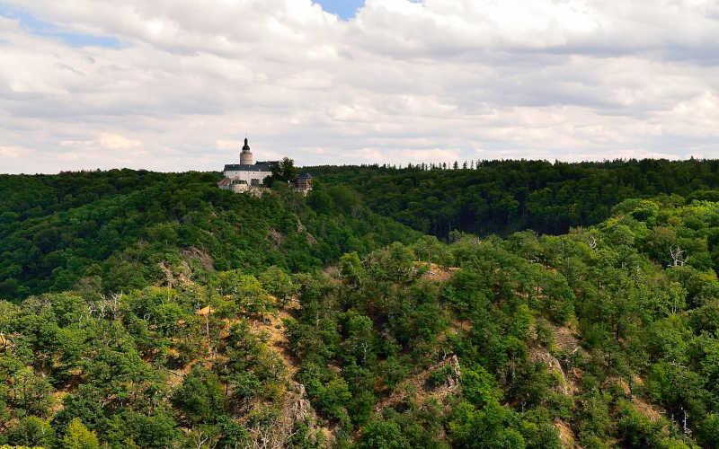 Selkesicht: Blick auf Burg Falkenstein